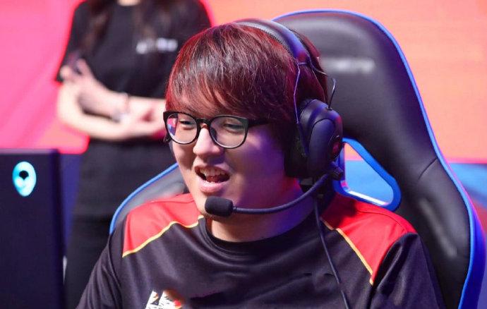 """Bị SofM chửi mắng tục tĩu trong rank, GimGoon đáp trả: """"Cậu không đủ tư cách làm tuyển thủ"""""""
